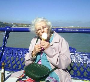 Gladys icecream beach 07